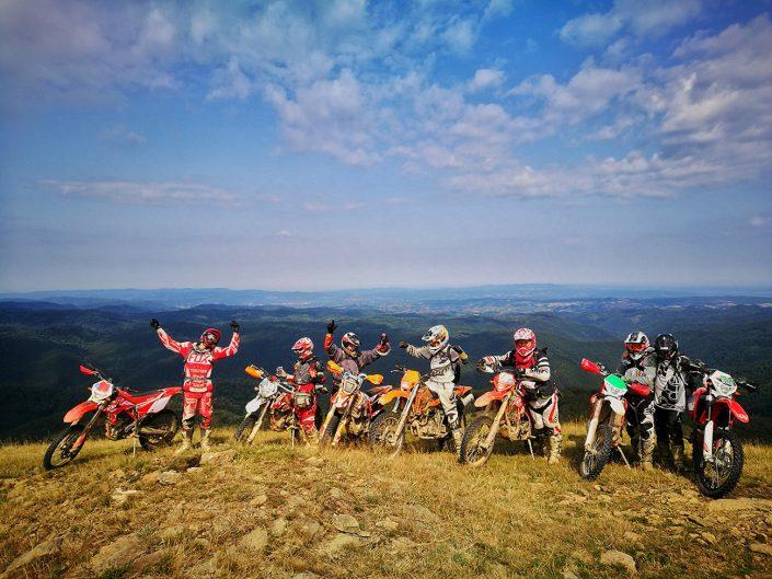 nomud_adventures_group_enduro_tour_mountain