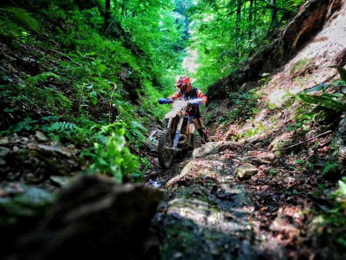 nomud_adventures_enduro_tour_canyon_mountain_romania